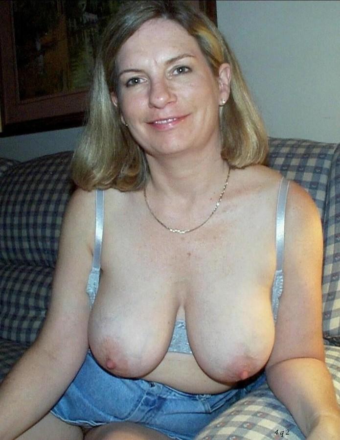 thai girls tits