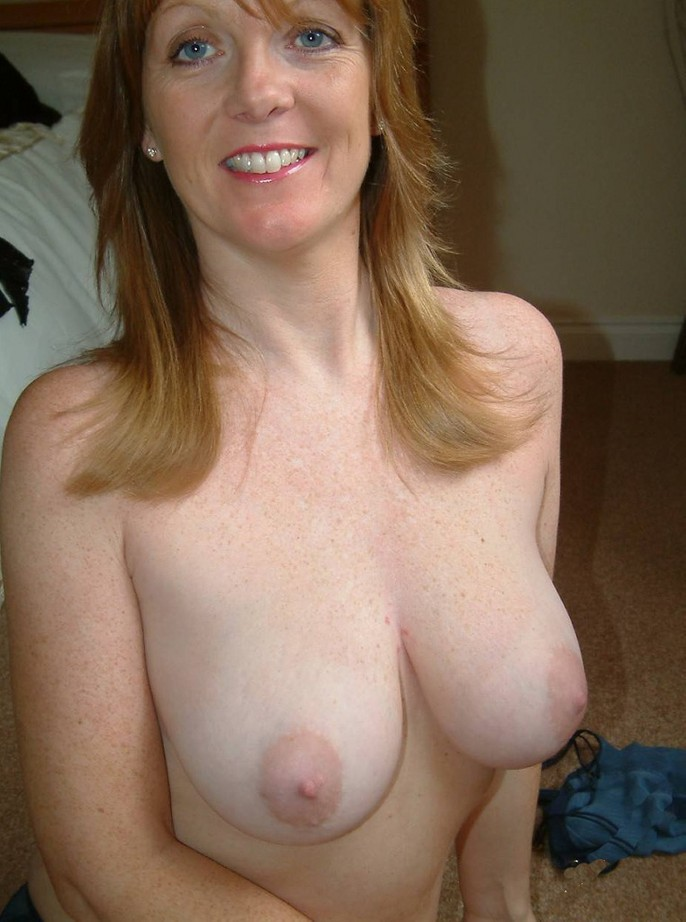perfect boobs red dildo