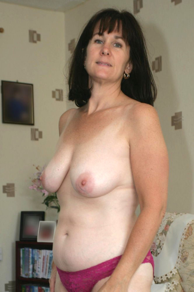 women with big natural tits