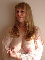 tits in tight t shirts