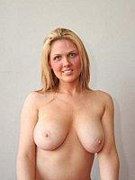 topless k