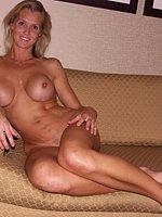 renie topless