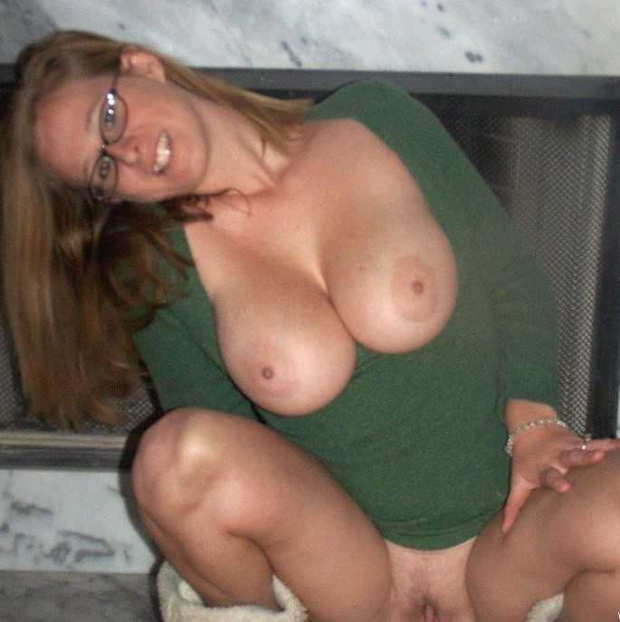 mommys got boobs milf hunter