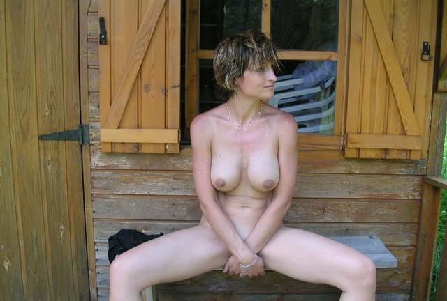 nude big boobs women