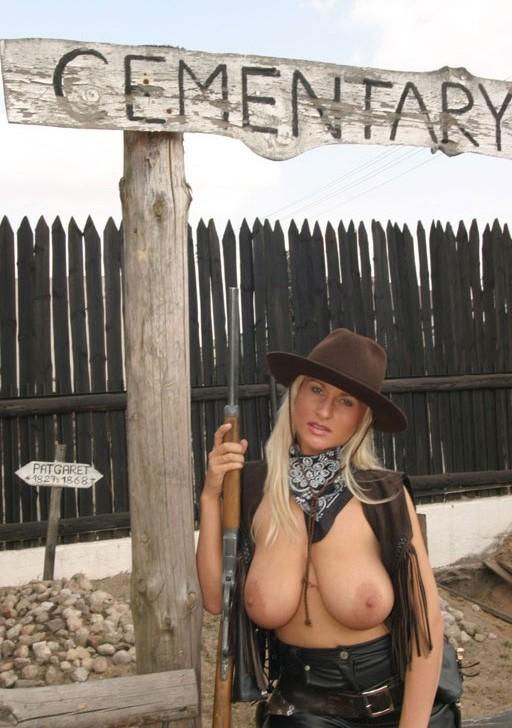 big amateur milf tits