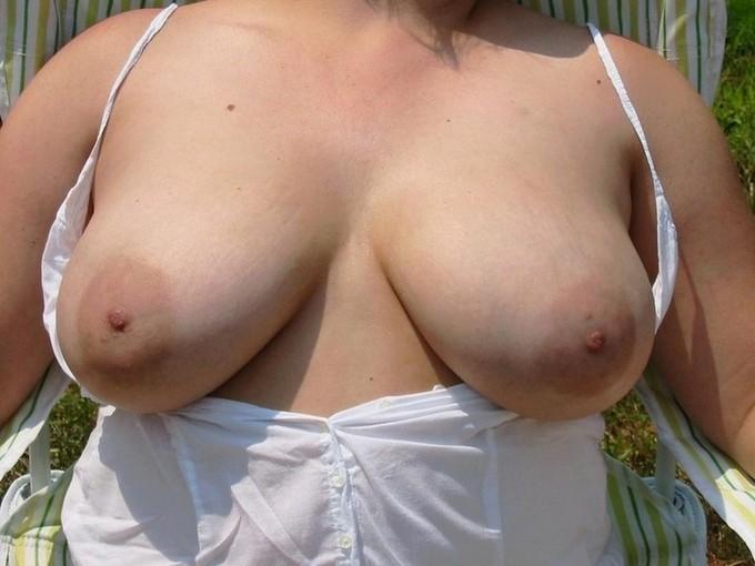 nextdoor nikki full nude tits