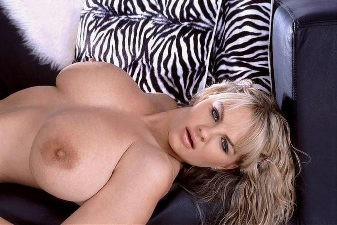 fucking her huge tits