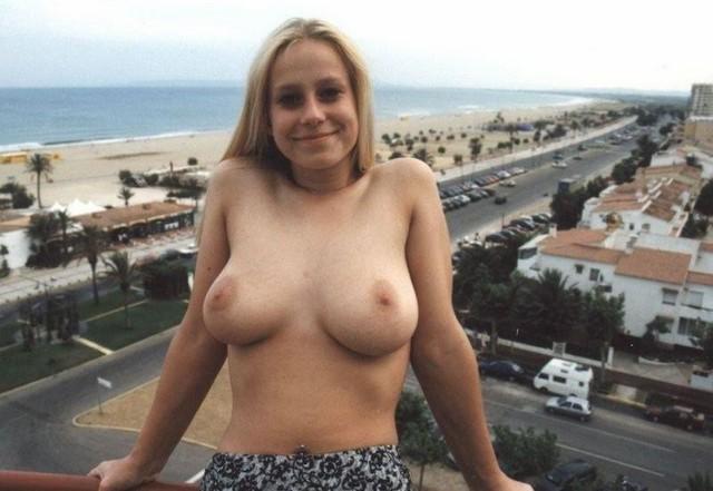 big tites xxx girls at beach